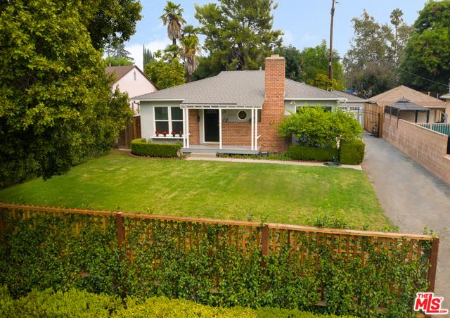 5250 Noble Avenue, Sherman Oaks, CA 91411