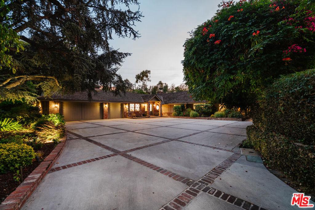 Photo of 23 Toluca Estates Drive, Toluca Lake, CA 91602