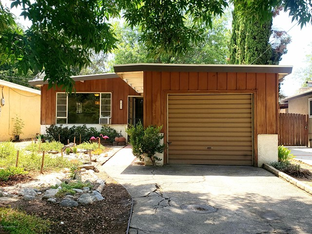 8430 Fenwick Street, Sunland, CA 91040