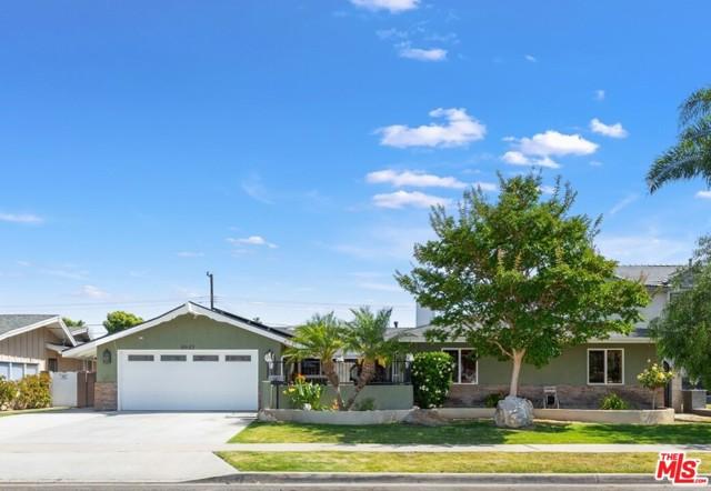 Photo of 8842 KENNELLY Lane, Anaheim, CA 92804