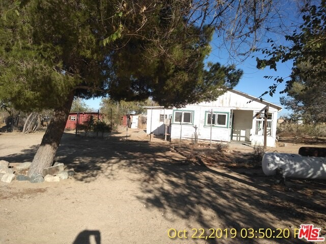 13215 E AVENUE W4, Pearblossom, CA 93553