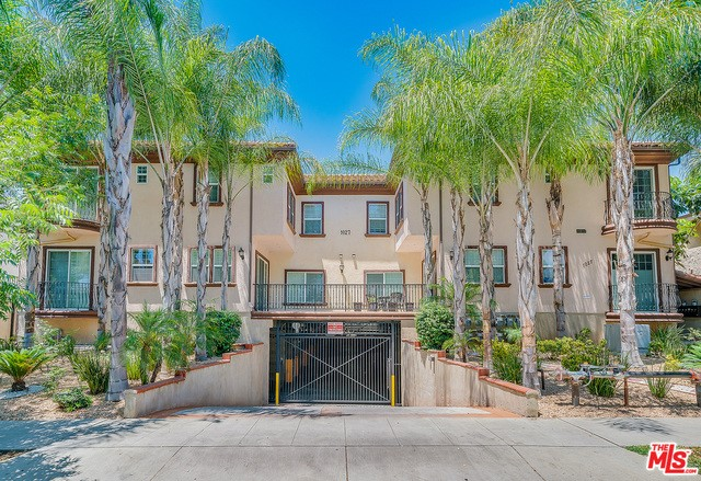 1027 W ANGELENO Avenue 106, Burbank, CA 91506