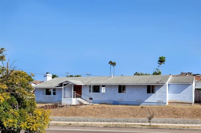2009 Catalina Blvd., San Diego, CA 92107