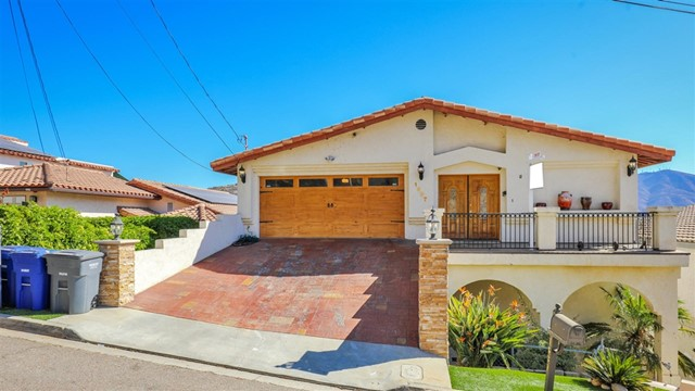 1637 La Presa Avenue, Spring Valley, CA 91977