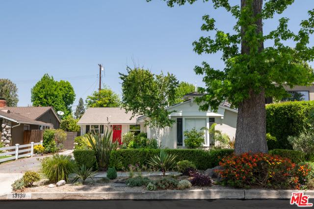 13139 Weddington Street, Sherman Oaks, CA 91401