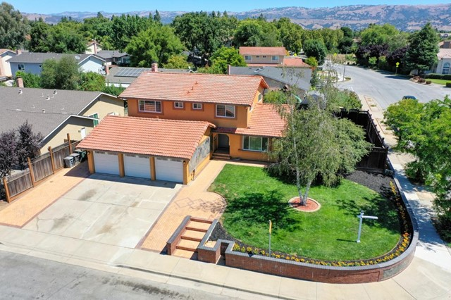 15650 LA MAR Court, Morgan Hill, CA 95037