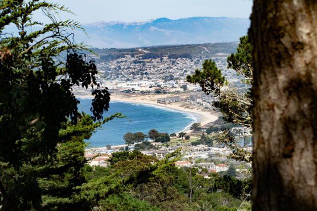 2 Windsor Rise, Monterey, CA 93940