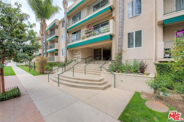 4501 CEDROS Avenue 139, Sherman Oaks, CA 91403