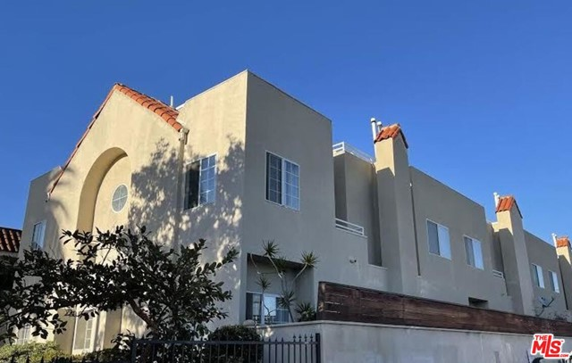 """1537 15th Street is part of """"The Queen's Necklace Portfolio,"""" a 3-building, class-A asset group of apartment buildings located in Malibu and Santa Monica. 1537 15th is a trophy property constructed in 1990 and comprised of 3-story, townhome-style units over a subterranean parking garage. Each unit has its own washer/dryer, gas fireplace, patio and balcony. Built in 1990, all the plumbing is copper and all units have central A/C and heat. Residents can walk to the Third Street Promenade and the Santa Monica Pier. The property is also attractive to international students as it is less than one mile to Santa Monica Community College(SMC). The property is occupied so please do not disturb the tenants."""