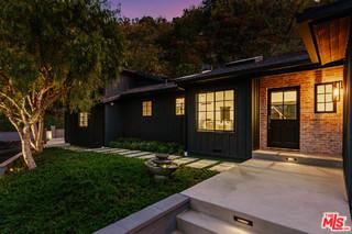 9454 HIDDEN VALLEY Place, Beverly Hills, California 90210, 4 Bedrooms Bedrooms, ,3 BathroomsBathrooms,Single Family Residence,For Sale,HIDDEN VALLEY,19527992