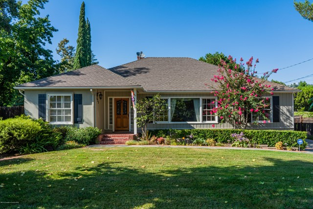 623 Houseman Street, La Canada Flintridge, CA 91011