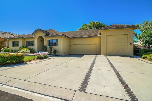 1075 Paullus Drive, Hollister, CA 95023