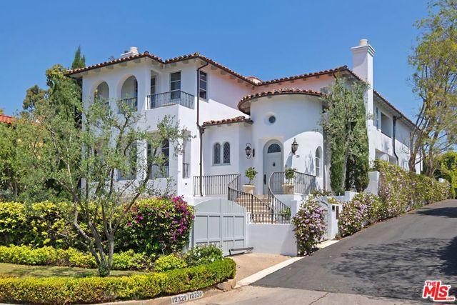 138 N CARMELINA Avenue, Los Angeles, CA 90049