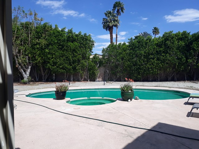 32. 28 Lincoln Place Rancho Mirage, CA 92270