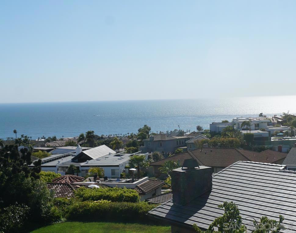 1496     Vista Claridad, La Jolla CA 92037