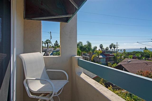 329 Bonair Street 4, La Jolla, CA 92037