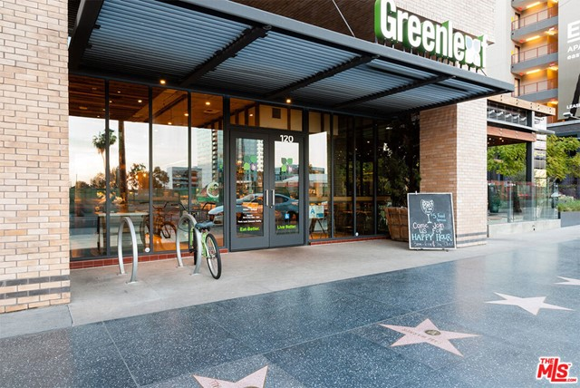 6200 HOLLYWOOD, Los Angeles CA: https://media.crmls.org/mediaz/76bd879c-b522-475b-99e9-edf536743774.jpg