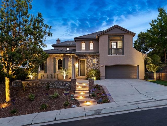 953 Stoneridge Way, San Marcos, CA 92078