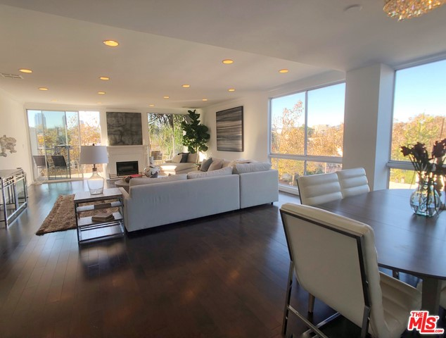 450 S MAPLE Drive 305, Beverly Hills, CA 90212