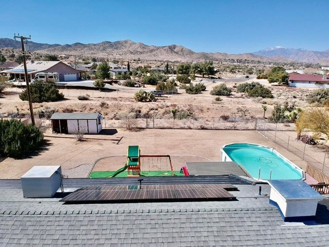 44. 8628 San Vicente Drive Yucca Valley, CA 92284