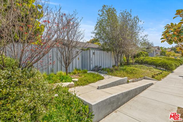 2812 OVERLAND Avenue, Los Angeles, CA 90064