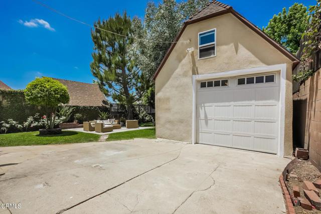 47. 3223 Grandeur Avenue Altadena, CA 91001
