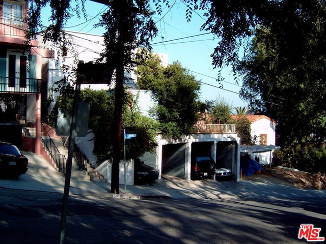 """DEVELOPMENT SITE. INCREDIBLE VIEW This is a great DEVELOPMENT opportunity. 2 properties adjacent having a common driveway. Both lots are flat. Lot #1- 45'x 145 and lot#2- 50'x 145'.Total 90x145. In the City of West Hollywood, it allows 14 units """"by right"""" and without any additional """"bonuses"""". The city has several bonuses that allow building up to 24-22 units total if provided for max inclusionary units."""