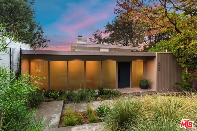 3564 MULTIVIEW Drive, Los Angeles, CA 90068