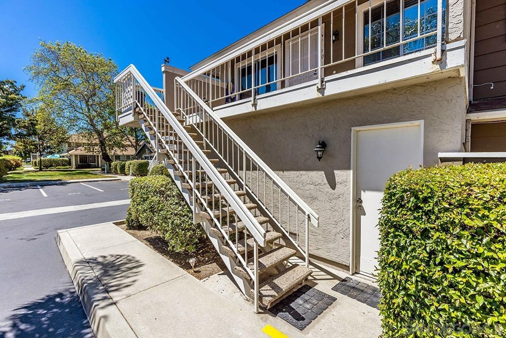 800     Stillwater Cove Way, Oceanside CA 92058