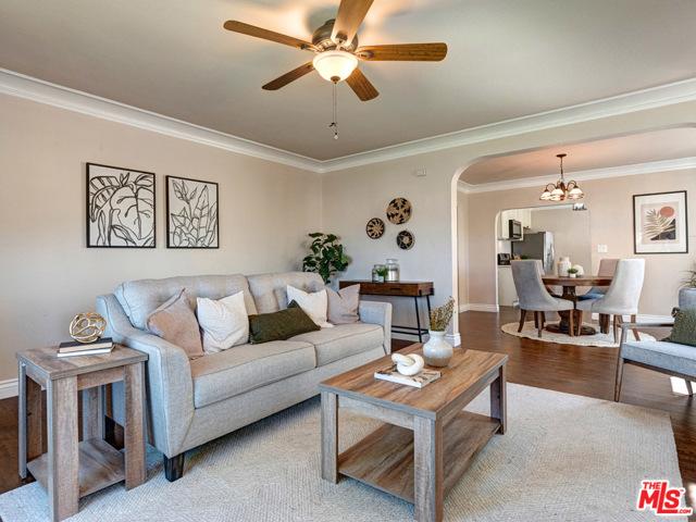 302 Lucia Avenue, Redondo Beach, California 90277, 3 Bedrooms Bedrooms, ,1 BathroomBathrooms,For Sale,Lucia,20645614