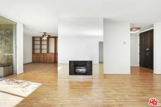 5875 Doverwood Drive, Culver City, California 90230, 1 Bedroom Bedrooms, ,1 BathroomBathrooms,Condominium,For Sale,Doverwood,20661758