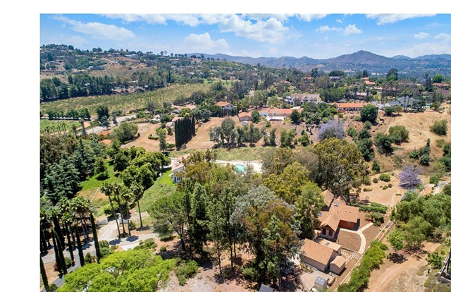 13432 San Pasqual Road, Escondido, CA 92025