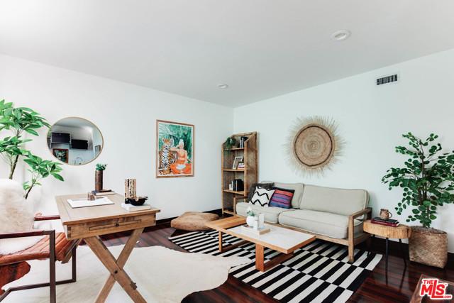19. 1628 N Easterly Terrace Los Angeles, CA 90026
