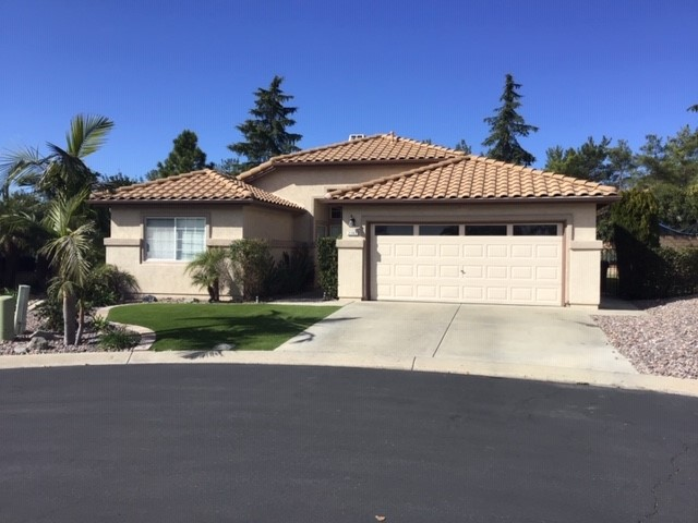 2302 Hyacinth Rd, Alpine, CA 91901