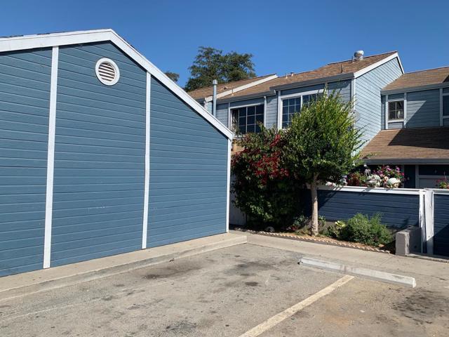 162 Madeira Avenue E, Salinas, CA 93905