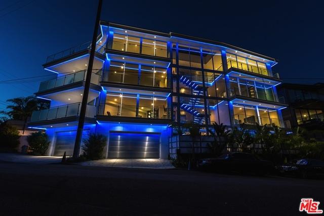 6447 Weidlake Drive, Los Angeles, CA 90068