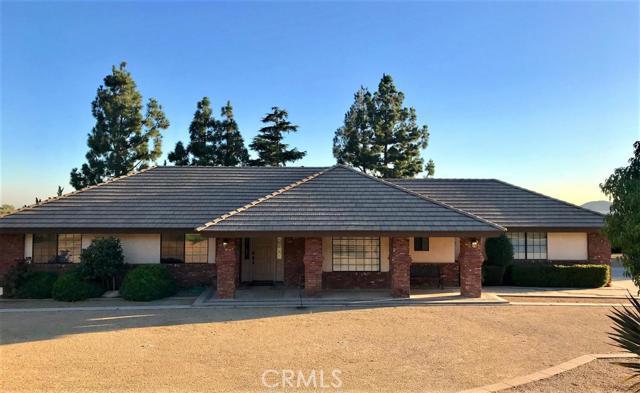 3395 W Meyers Road, San Bernardino, CA 92407