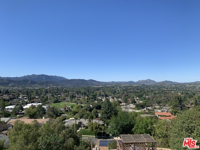 1381 LAMONT Avenue, Thousand Oaks, CA 91362