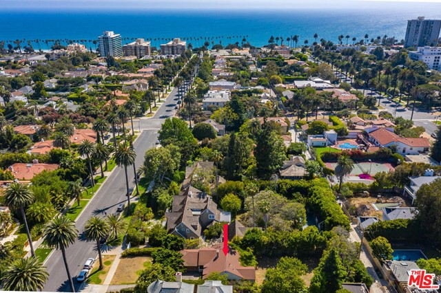 Great value! Come see this 11,303 sq ft lot in the best part of Santa Monica . PERFECT for a developer or an owner user.  Close to the beach, restaurants, and shops on Montana.  These large lots rarely come available.