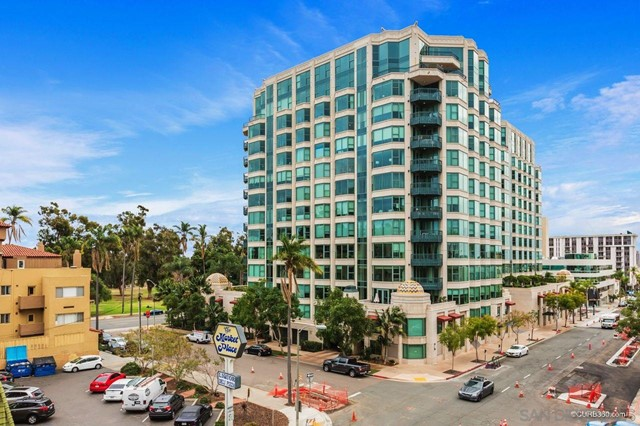 2604 5th Ave, San Diego, California 92103, 2 Bedrooms Bedrooms, ,2 BathroomsBathrooms,Condominium,For Sale,5th Ave,210003148