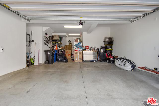 12755 W Bluff Creek Drive, Playa Vista, CA 90094 Photo 19
