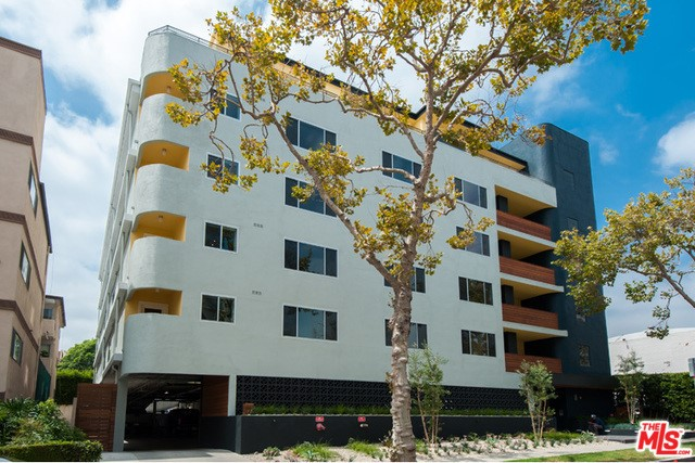 131 S MAPLE Drive 203, Beverly Hills, CA 90212