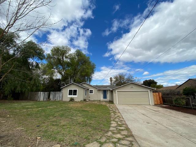45055 Merritt Street, King City, CA 93930