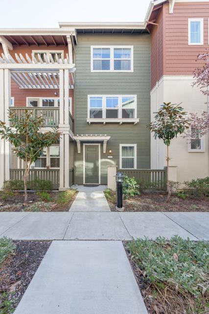 2112 Vincenzo Walkway, San Jose, CA 95133