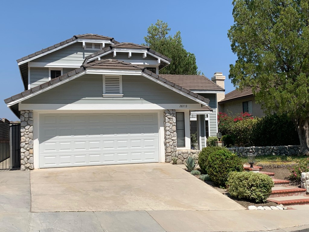 28713     Greenwood Place, Castaic CA 91384