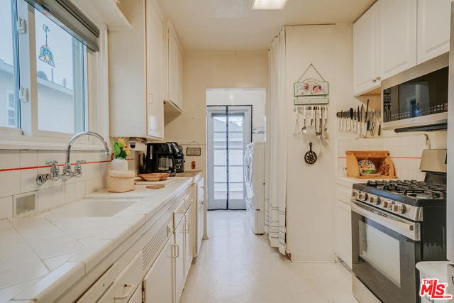 2908 BLAISDELL Avenue, Redondo Beach, California 90278, 3 Bedrooms Bedrooms, ,1 BathroomBathrooms,For Sale,BLAISDELL,20595574