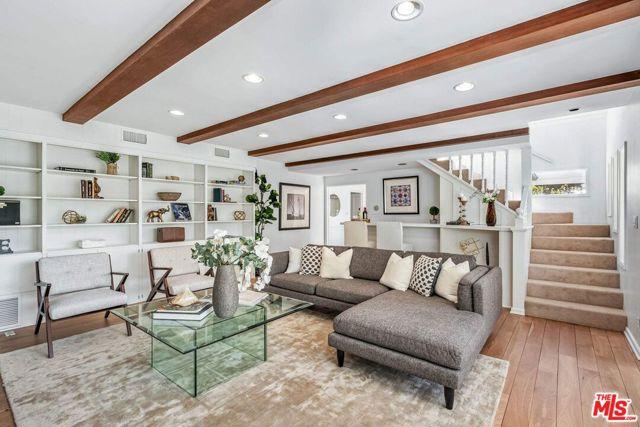 10. 1111 Villa View Drive Pacific Palisades, CA 90272