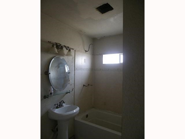 555 Tangerine, El Centro, CA 92243 Photo 3