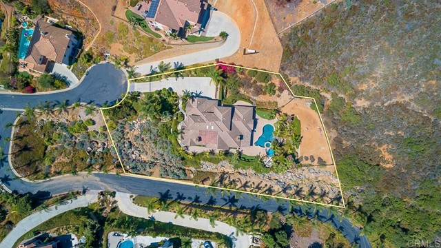 708 Vista Canyon Circle, Vista, CA 92084