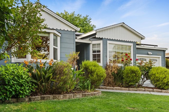 2020 Madison Avenue, Redwood City, CA 94061